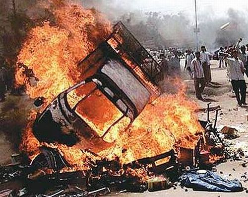 India News - Latest World & Political News - Current News Headlines in India - SC grants bail to 4 convicts in 2002 Naroda Patiya riots case
