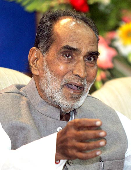 Chandra Shekhar at a meeting in Delhi in 2006.