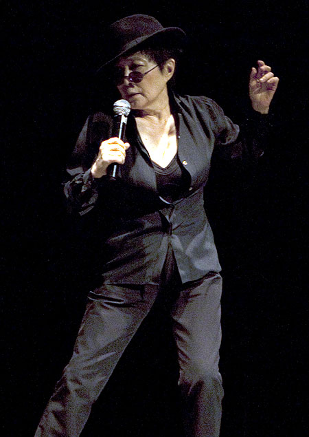 Yoko Ono performs at the Stein Auditorium, India Habitat Centre in New Delhi on January 15