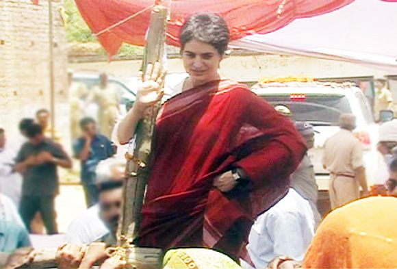 Priyanka Vadra campaigns in the 2012 assembly election.