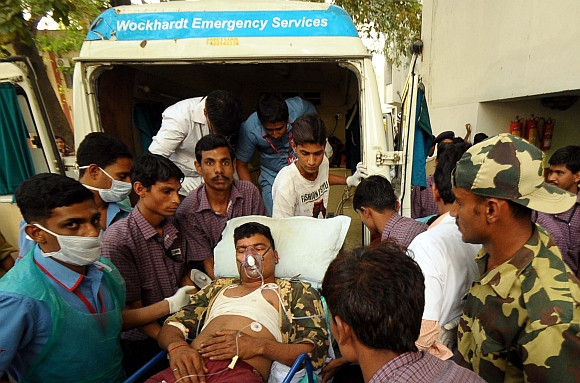 Injured jawans brought in at the Civil Hospital in Gadchiroli