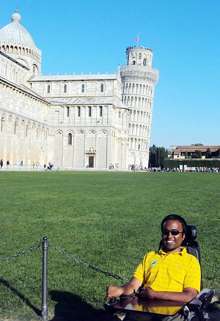 Srin at the Leaning Tower of Pisa