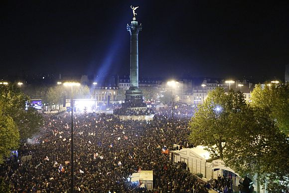 General view during a victory rally at Place de la Bastille as supporters of the newly-elected French President Francois Hollande celebrate in Paris early May 7