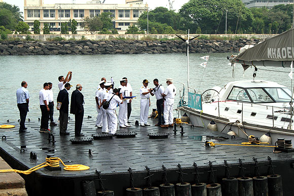 Abhilash Tomy with his navy colleagues