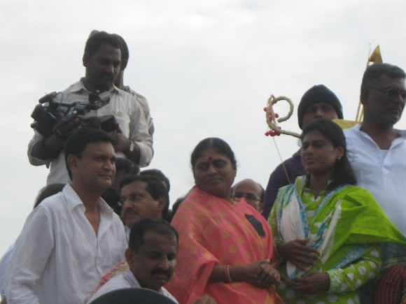 Sharmila with her mother Vijayamma during the first leg of her padayatra to Telangana