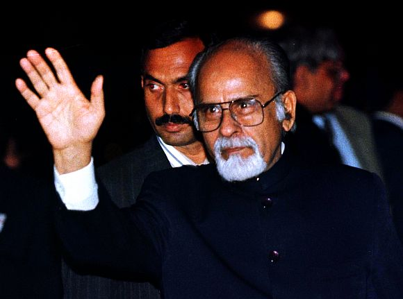 Former PM Inder Kumar Gujral greets crowds during a visit to South Africa in October, 1997.