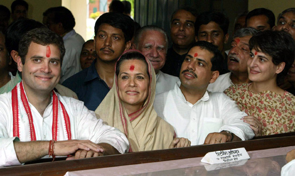 Sonia Gandhi with her son Rahul, son-in-law Robert Vadra, daughter Priyanka and party supporters in Rae Bareli, UP