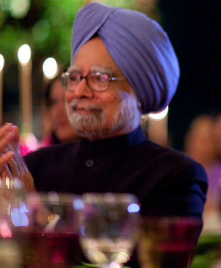 PM spent Rs 7721 per plate on UPA dinner