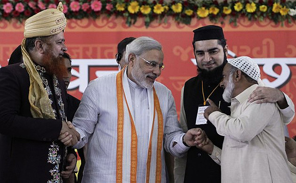 Modi interacts with Muslim leaders