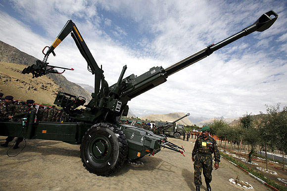 The controversial Bofors gun.