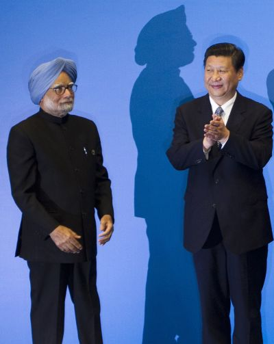 Prime Minister Manmohan Singh and Chinese President Xi Jinping at the BRICS Summit in Durban, South Africa