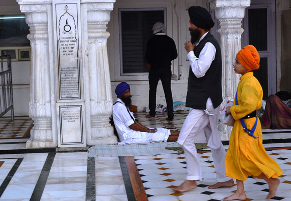 At the temple, for the first time perhaps, you will see Sikhs of all orders -- Nihal Sikhs, Akal Sikhs, Amritdhari Sikhs, Kesdhari Sikhs, Sahajdhari Sikhs...