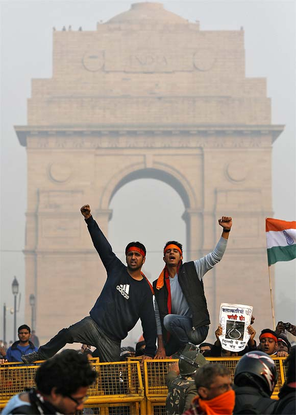Demonstrators at a protest near India Gate in Delhi, Dec 2012.