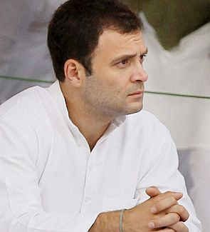 Congress believes in fulfilling promises, says Rahul