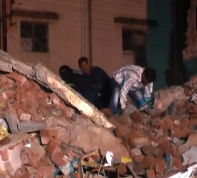 11 killed in Baroda twin building collapse