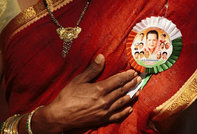 Sonia has failed to use the opportunities to strengthen her party