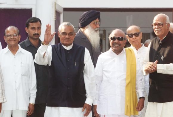 Advani with Prime Minister Atal Bihari Vajpayee and other NDA partners in 1999