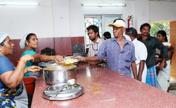 The idlis are in great demand