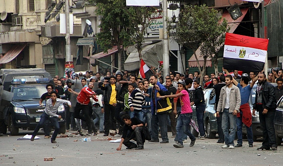 Coptic Christians clash with residents in Shoubra neighborhood in Cairo