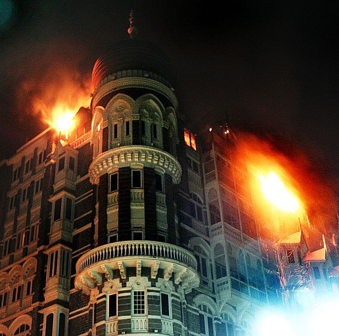 The Taj Mahal hotel on fire during the 26/11 terror attacks.