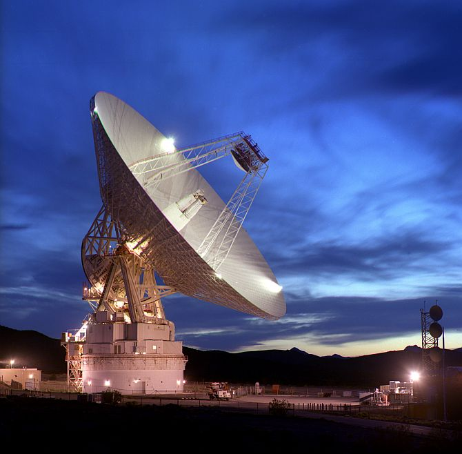 NASA's Deep Space Networks base in Mojave desert (Inset) Jayanta Panda