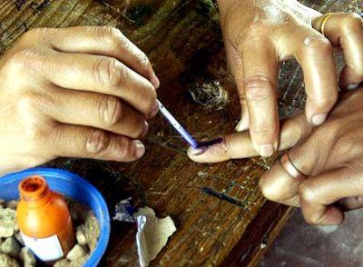 75 pc polling in Chhattisgarh, 1 killed in violence