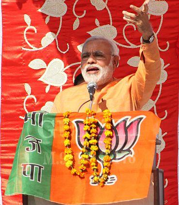 Is Vasundhara Raje avoiding Modi?