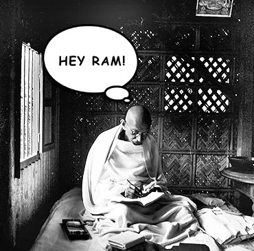 Mohanlal or Mohandas? Modi bungles up Mahatma Gandhi's name!