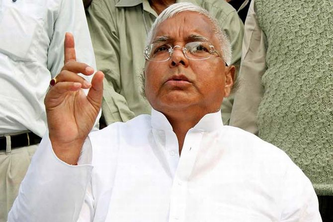 Shocked by RJD loss, Lalu Prasad gives up his meals