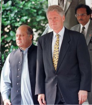 Then US President Bill Clinton with then as now Pakistan Prime Minister Nawaz Sharif.