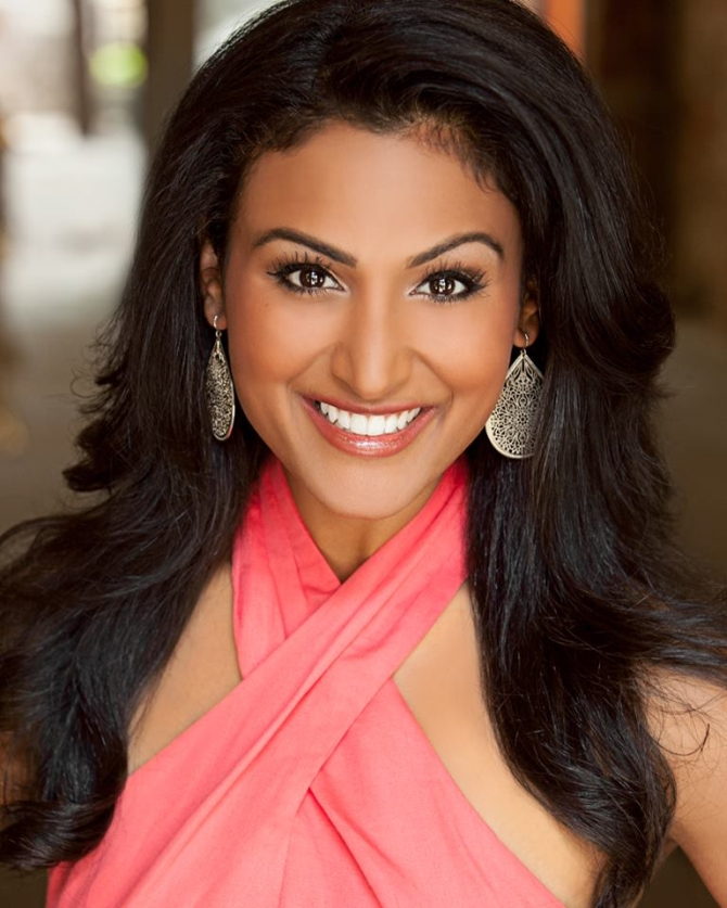 Usa Beauty: Indian-origin Beauty Wins Miss America Crown!