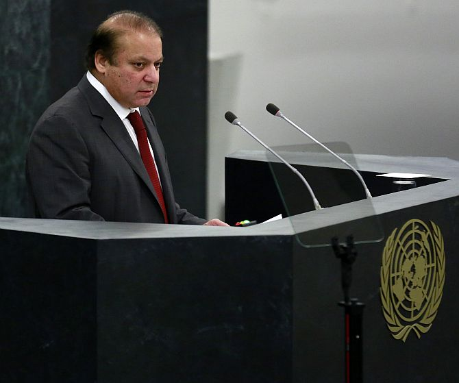 Sharif plays good cop, bad cop with India @ UN