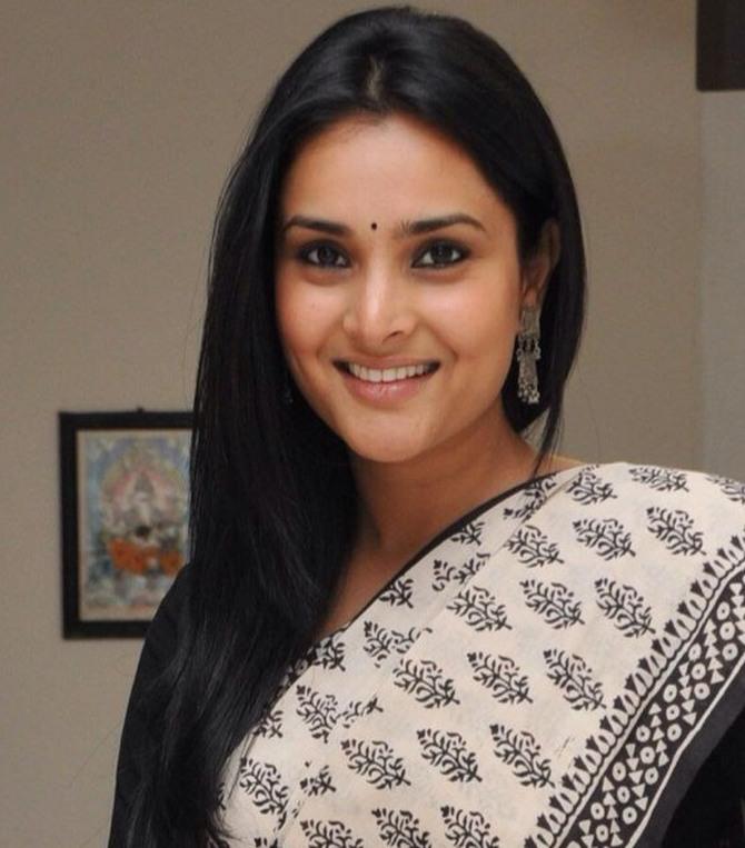 Actress Ramyas Waging A Tough Battle Alone - Rediffcom News-7466
