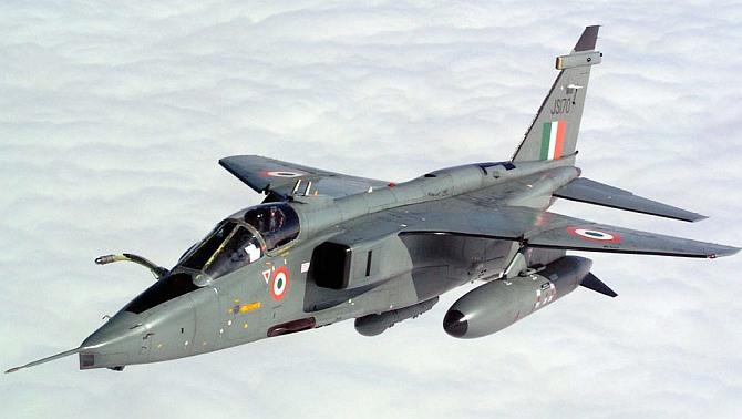 IAF's Jaguar jet crashes near Bhuj, pilot safe