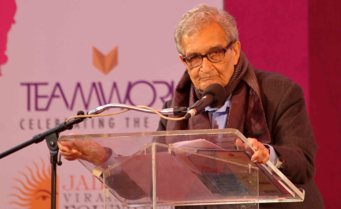 Nobel Laureate Amartya Sen speaks at the Jaipur Literature Festival