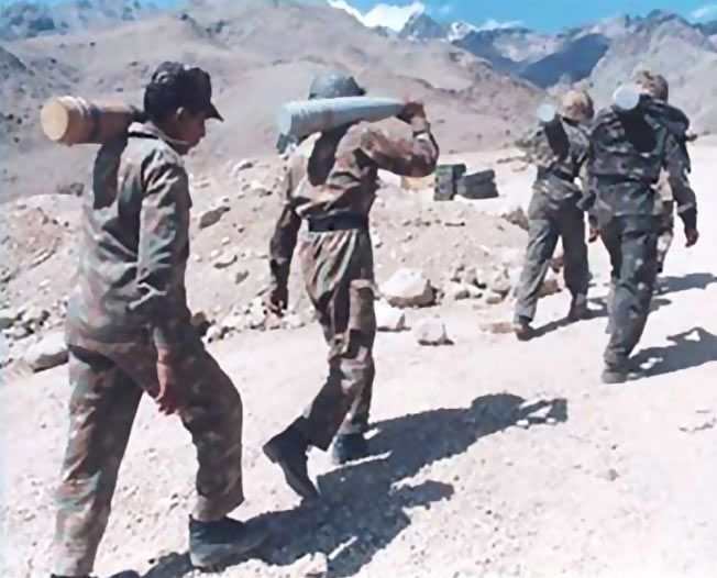 Indian soldiers during the Kargil War.