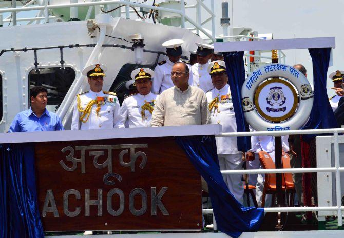 PHOTOS: Arun Jaitley reviews preparedness at Western Naval Command