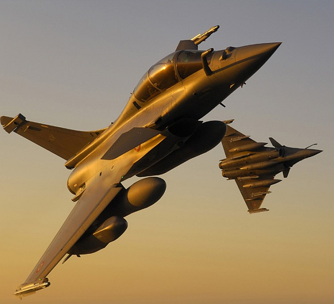 India may shoot down Rafale fighters... and Saab's hoping it does