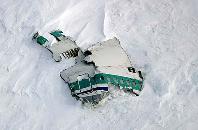 Wreckage of Flight 901 on the slopes of Mount Erebus.