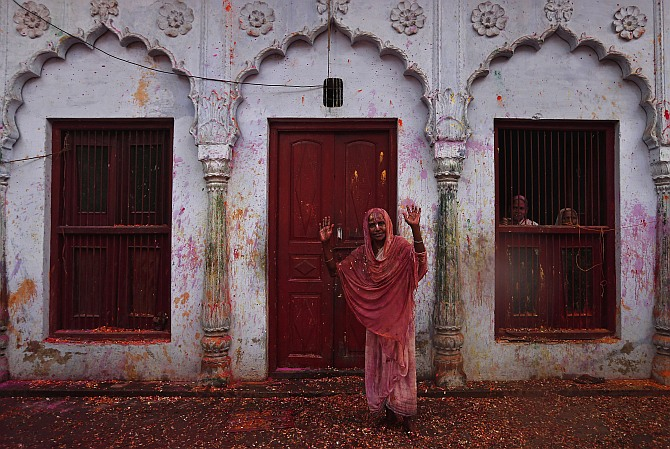 Vrindavan widows' 'Rang Barse' moment