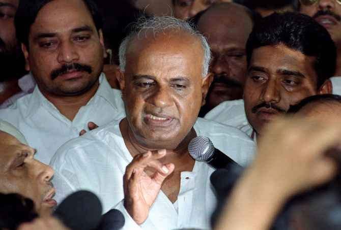 H D Deve Gowda speaks to the media after a crucial meeting with United Front constituents in New Delhi, May 29, 1996. Photographs: Kamal Kishore/Reuters