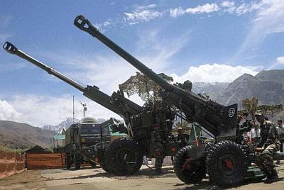India decides to buy 814 artillery guns