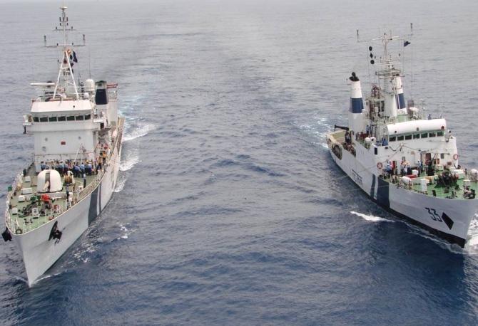 Defence Minister Parrikar commissions 4 Coast Guard ships