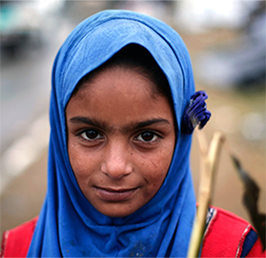 A girl displaced by the Kashmir floods