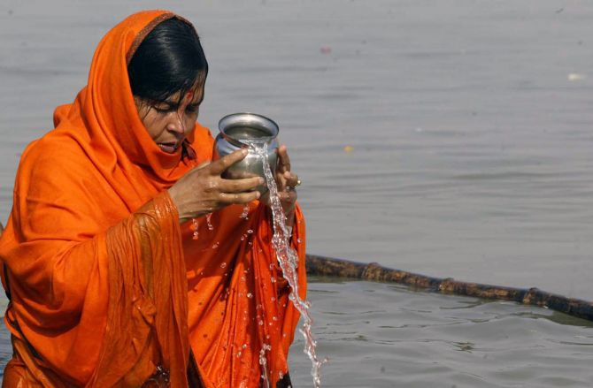 Either Rahul can jump into the Ganga or I will: Uma Bharti's challenge to Cong VC
