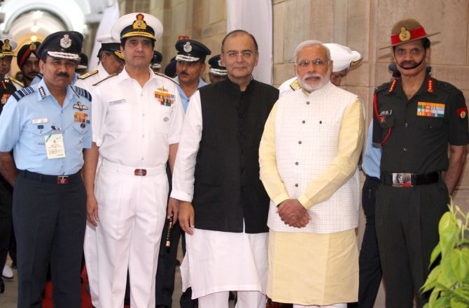 Amid tensions at border, PM Modi meets army, navy, air force chiefs