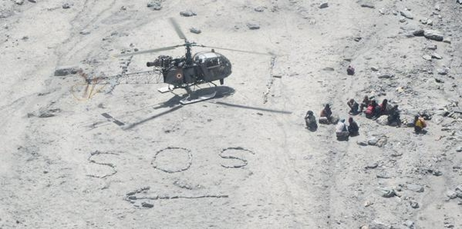 'Siachen Pioneers' rescue 22 British, French trekkers stranded in Ladakh