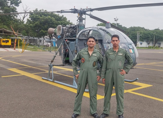 IAF pilots C Simon and R Venkatramanan
