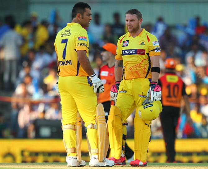MS Dhoni and Brendon McCullum of the Chennai Super Kings
