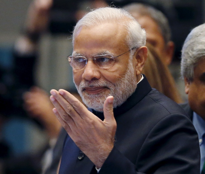 Currency scrap: BJP hails Modi, but Congress calls him Tughlaq